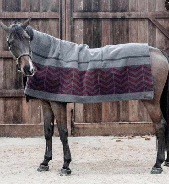 Bilde av Kentucky heavy fleece rug square 210x200 cm